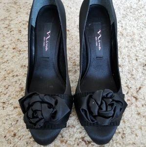 Nina Shoes Size 7.5